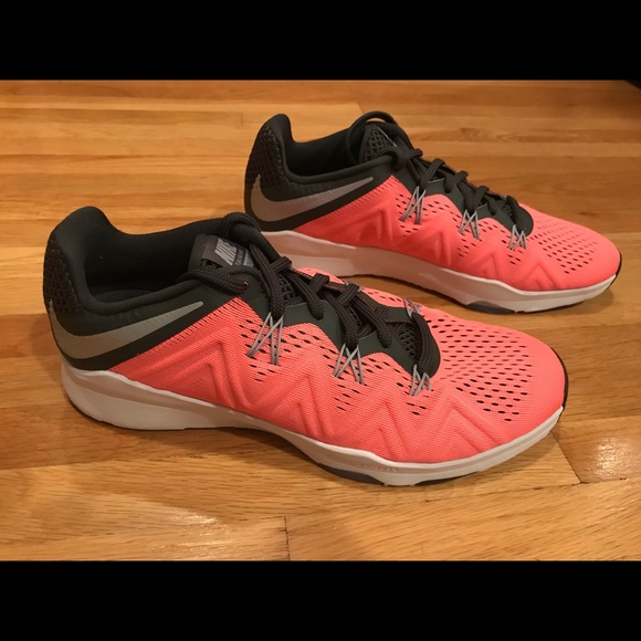 9c4278fdb205 NEW WOMEN S NIKE ZOOM CONDITION TR SHOES. M 5aa0f044739d48a7e368d559